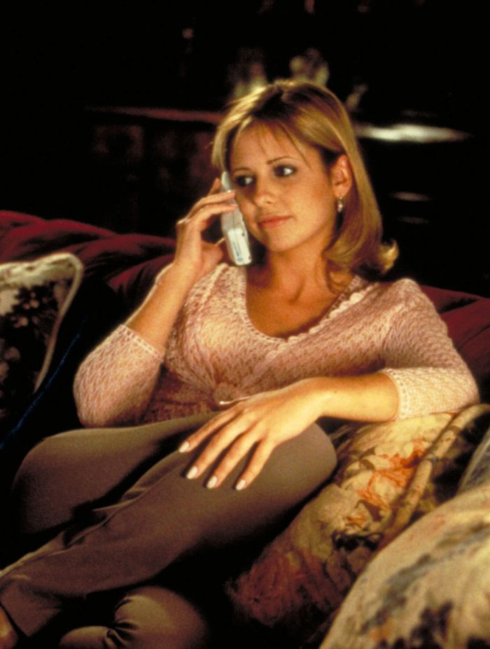 "Sarah Michelle Gellar as ""Cici Cooper"" in ""Scream 2"""
