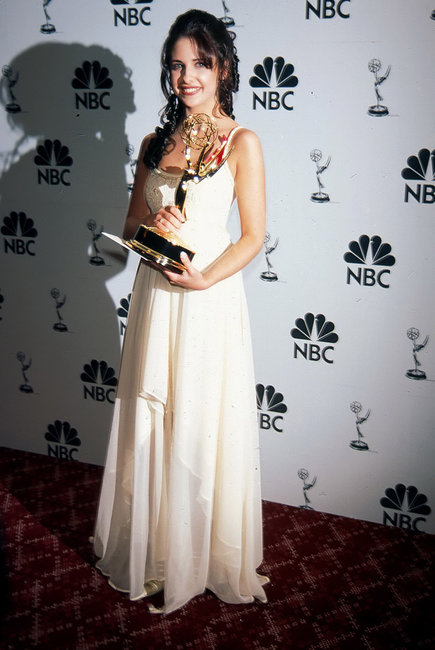 "Sarah Michelle Gellar with her Emmy for playing Kendall Hart on ABC's ""All My Children"" Getty Images"