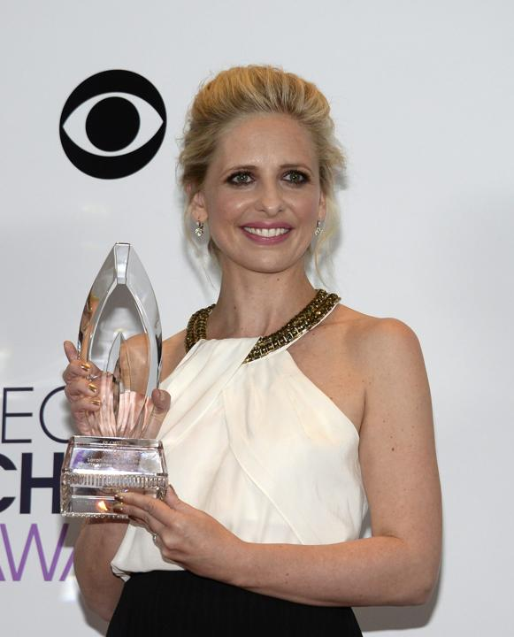 Sarah Michelle Gellar at the 2014 People's Choice Awards Reuters
