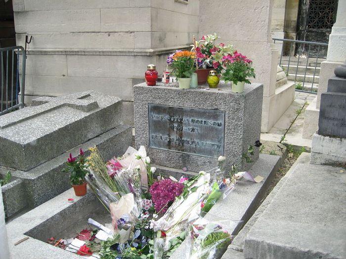 Jim Morrison's grave site in Paris, France SuzanneGW (via Wikipeida.org)