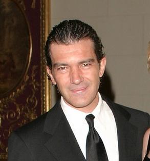 Antonio Banderas INFGoff.com